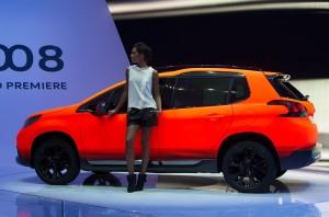 Peugeot_2008_orange